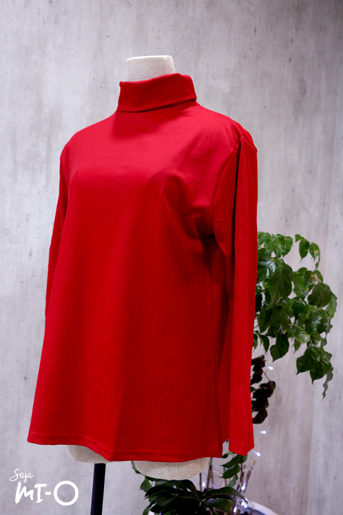 Eina High-Neck Top in Red - Saja Mi-O