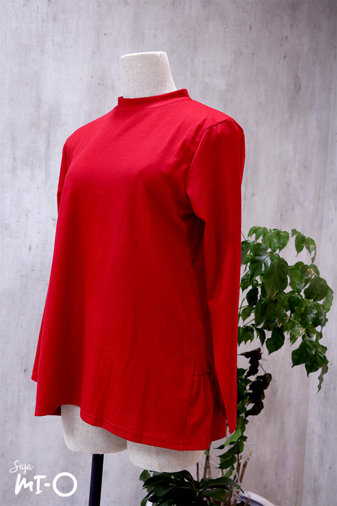 Lyn Minimalist Top in Red