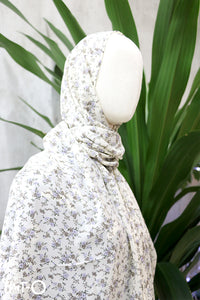 Amine Branched Floral Headscarf in White - Saja Mi-O