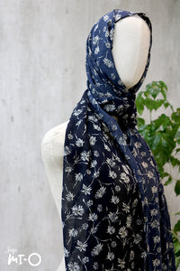 Dayle Country Headscarf in Navy - Saja Mi-O