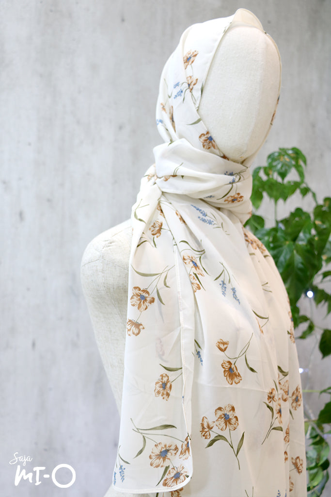 Kyda Headscarf In Brown & White