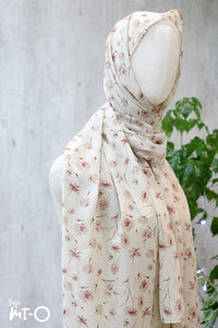Dayle Country Headscarf in Cream - Saja Mi-O