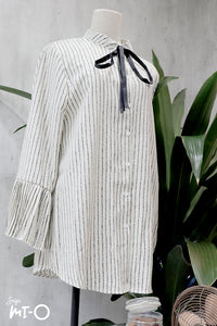 Yuki Button-down Ribbon Top in Off-White