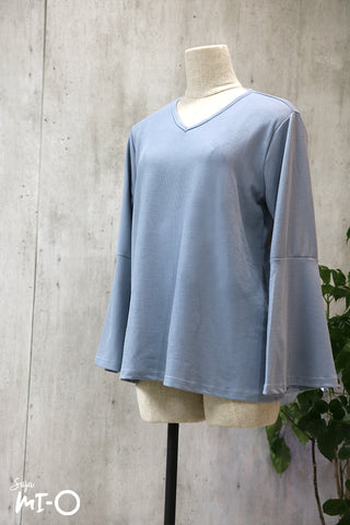 Mia V-Neck Top in Mid Blue