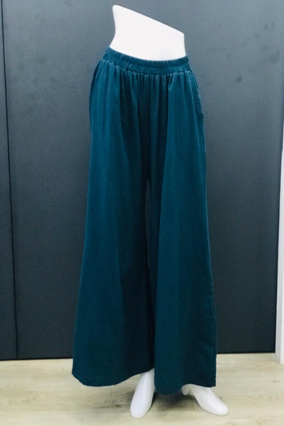 Alodia Wide Leg Pants in Bottle Green