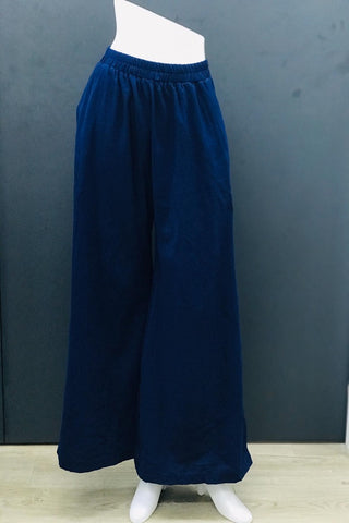 Alodia Wide Leg Pants in Navy Blue