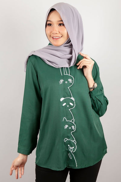 Rosenda Collared Top in Bottle Green