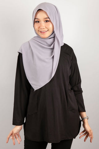 Angelina Two Poket Top in Black