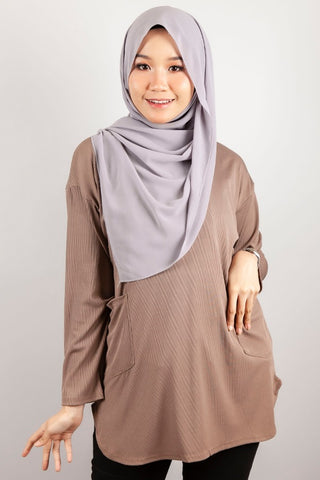 Angelina Two Poket Top in Brown