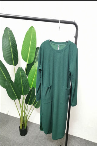 Gabriela Two Pocket Long Slimming Top in Bottle Green