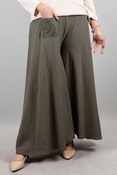 Solen Square Pants in Army Green