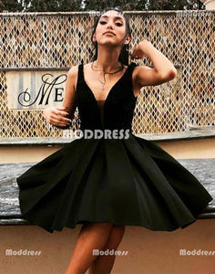 Black Homecoming Dresses V-Neck Homecoming Dresses Spaghetti Straps Homecoming Dresses