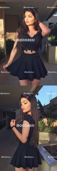 Black Short Homecoming Dresses V-Neck Short Homecoming Dresses Applique Short Homecoming Dresses