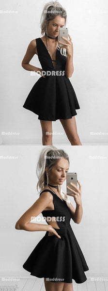 Black Short Homecoming Dresses V-Neck Short Homecoming Dresses