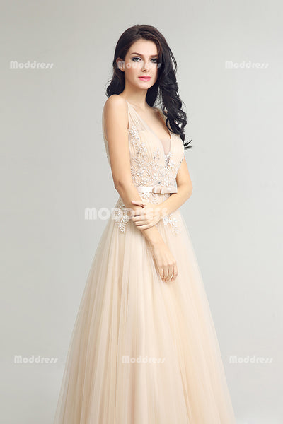 Sexy V-Neck Long Prom Dresses Applique Beading Evening Dresses A-Line Tulle Formal Dresses
