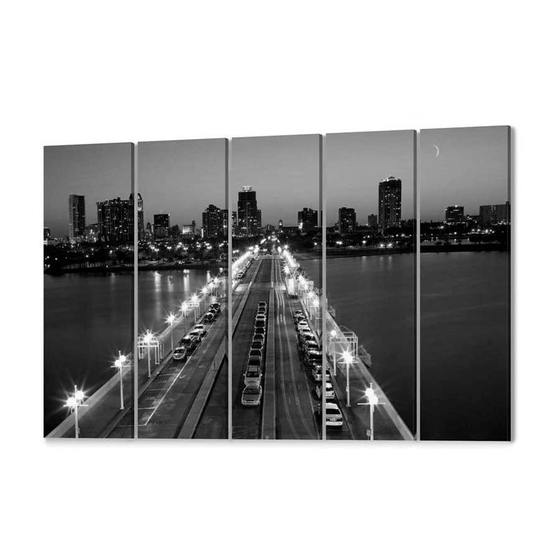 St Petersburg Skyline Canvas Print