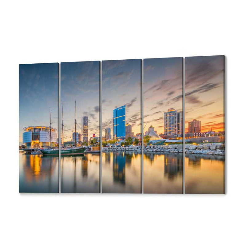 Milwaukee Skyline Canvas Wall Art
