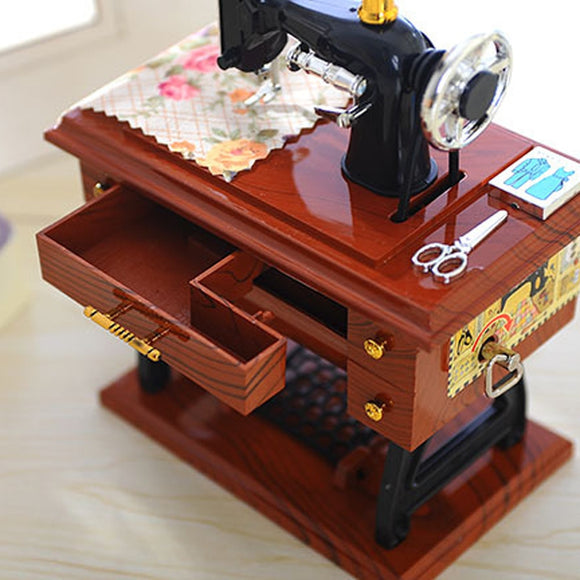 New Small Music Boxes Plastic Vintage Music Box Mini Sewing Machine Style Mechanical Birthday Gift Table Decor 12*7.7*16cm@GH