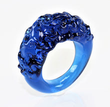 "Ring ""mountain and valley"", Farbe: Blau-Violett , Borosilikatglas"