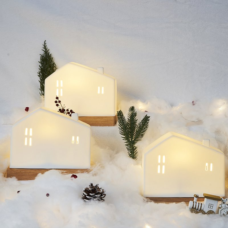 Snow House Shaped Adorable Mini Pottery Night Light - Booth79
