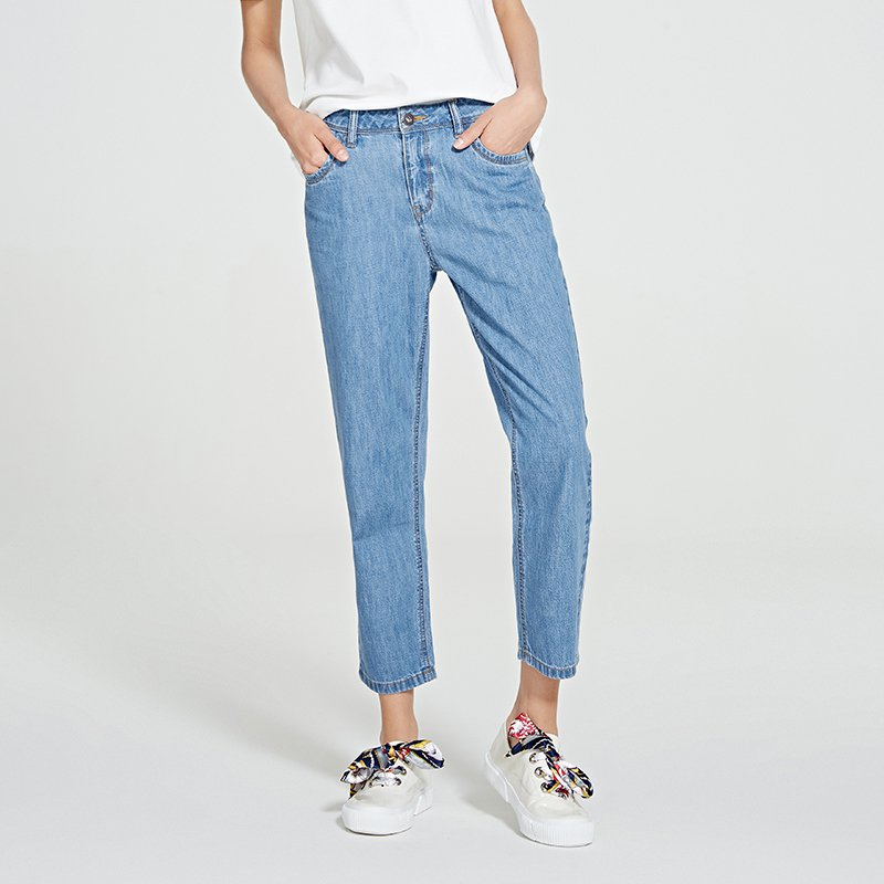 Women's Pure Cotton Washing Light Blue Jeans in Boyfriend Style