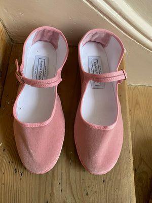 Drogheria Crivellini Velvet Mary Janes in Pink