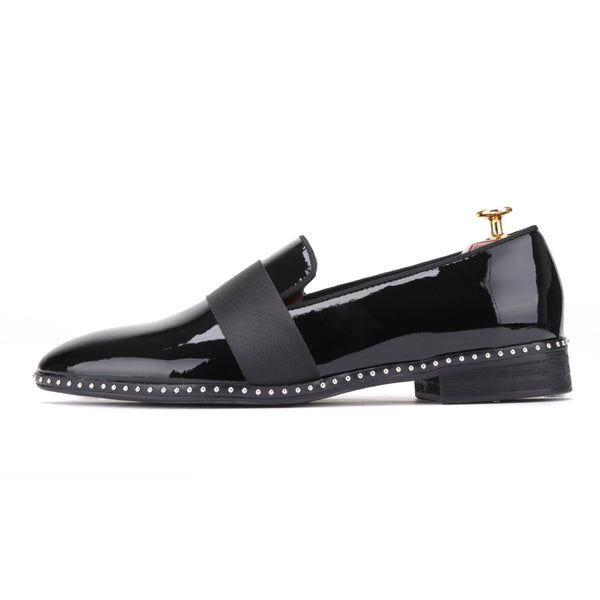 Handmade Patent leather shoes with black buckle