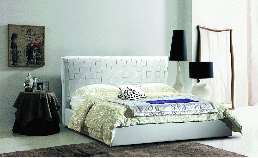 Lea Queen Bed in White