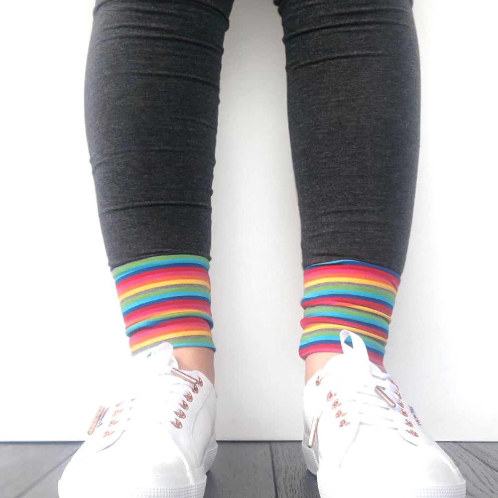 LEGGINGS - Charcoal/Rainbow Cuff