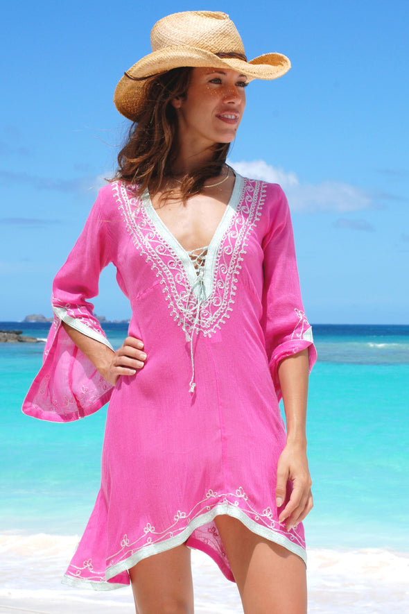 Scalloped edge fuchsia kaftan dress with silver embroidery to hem and neckline 2 sizes available