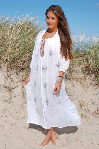 White Maxi Mykonos kaftan dress, wide flowing with burgundy detail to front.  One size fits most.