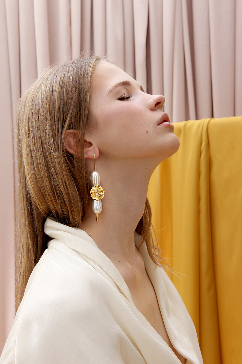THE GOLDEN ROCKS EARRINGS