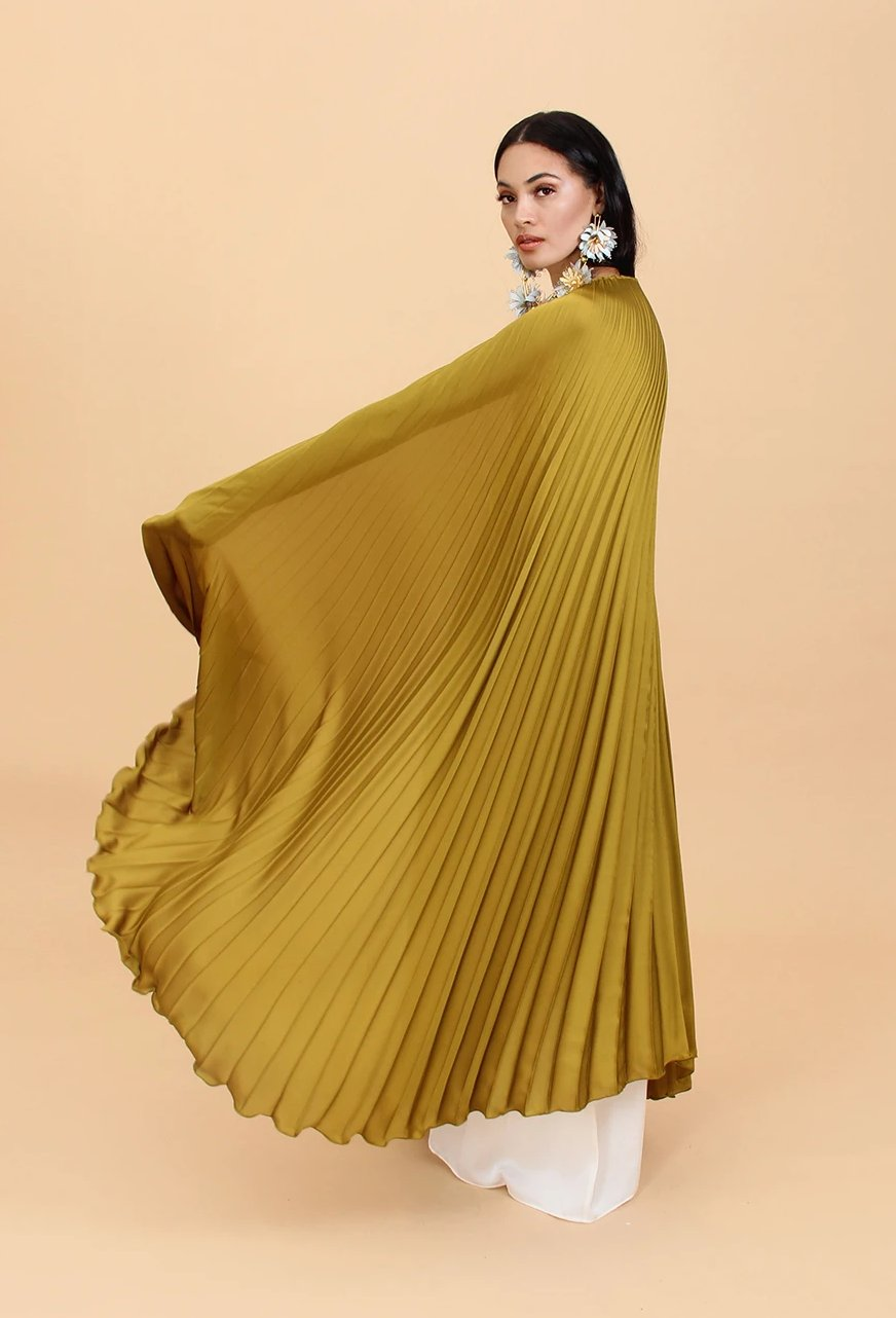 THE SASHA CAPE
