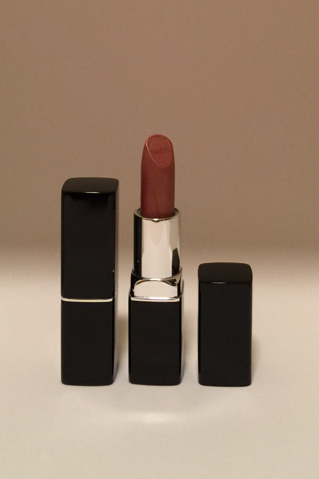 Fashion Fly Metallic Ultimate Lipstick - Golden Bronze