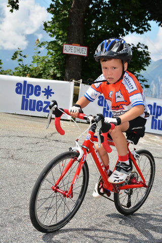 6-year old Fraser MacArthur rides up iconic Alpe d'Huez