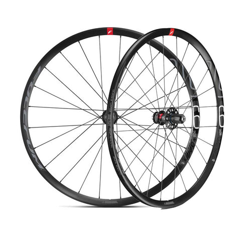 Fulcrum R600 DB 700c Disc Wheelset (12mm Thru-Axle)