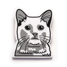 European Shorthair Cat Brooch - Pin by Fibularia on Katt.