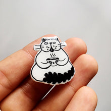 Noodle Bowl Cat Pin by Nat Very B on Katt.