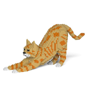 "Orange Tabby Cat Sculpture, Stretching (20.8 x 49.9 cm / 8.2"" x 19.6"") by JEKCA on Katt."