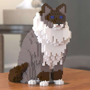 "Ragdoll Cat Sculpture, White Collar / Sitting (25.4 x 23.1 cm / 10.0"" x 9.1"") by JEKCA on Katt."