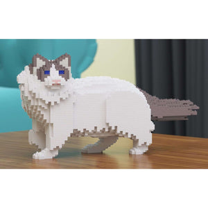 "Ragdoll Cat Sculpture, White / Vigilant (24.2 x 43.8 cm / 9.5"" x 17.2"") by JEKCA on Katt."