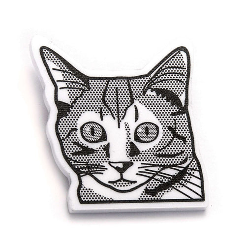 Tabby Cat Brooch by Fibularia on Katt.
