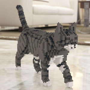 "Tabby Cat Sculpture, Walking (41.3 x 28.8 cm / 16.3"" x 11.3"") by JEKCA on Katt."