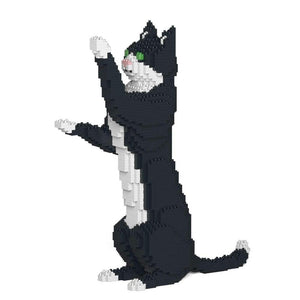 "Tuxedo Cat Sculpture, Sitting Upright (39.2 x 35.6 cm / 15.4"" x 14.0"") by JEKCA on Katt."