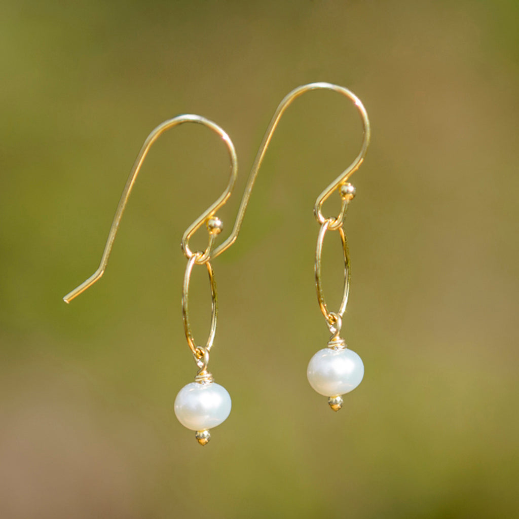 Small Pearl On Gold Link Earrings