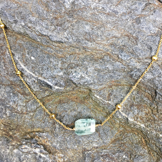 Aqua Marine Faceted Nugget on Dotted Gold Chain Necklace