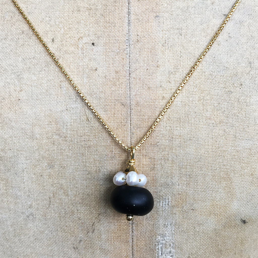 Black Obsidian with Pearl Collar on Gold Chain Necklace