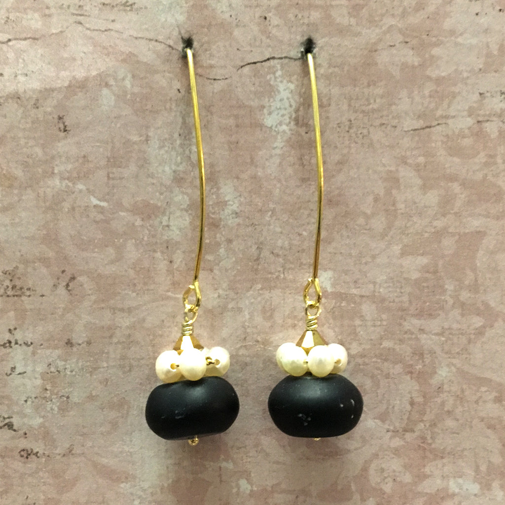Black Obsidian and Pearl Collared Arc Earrings