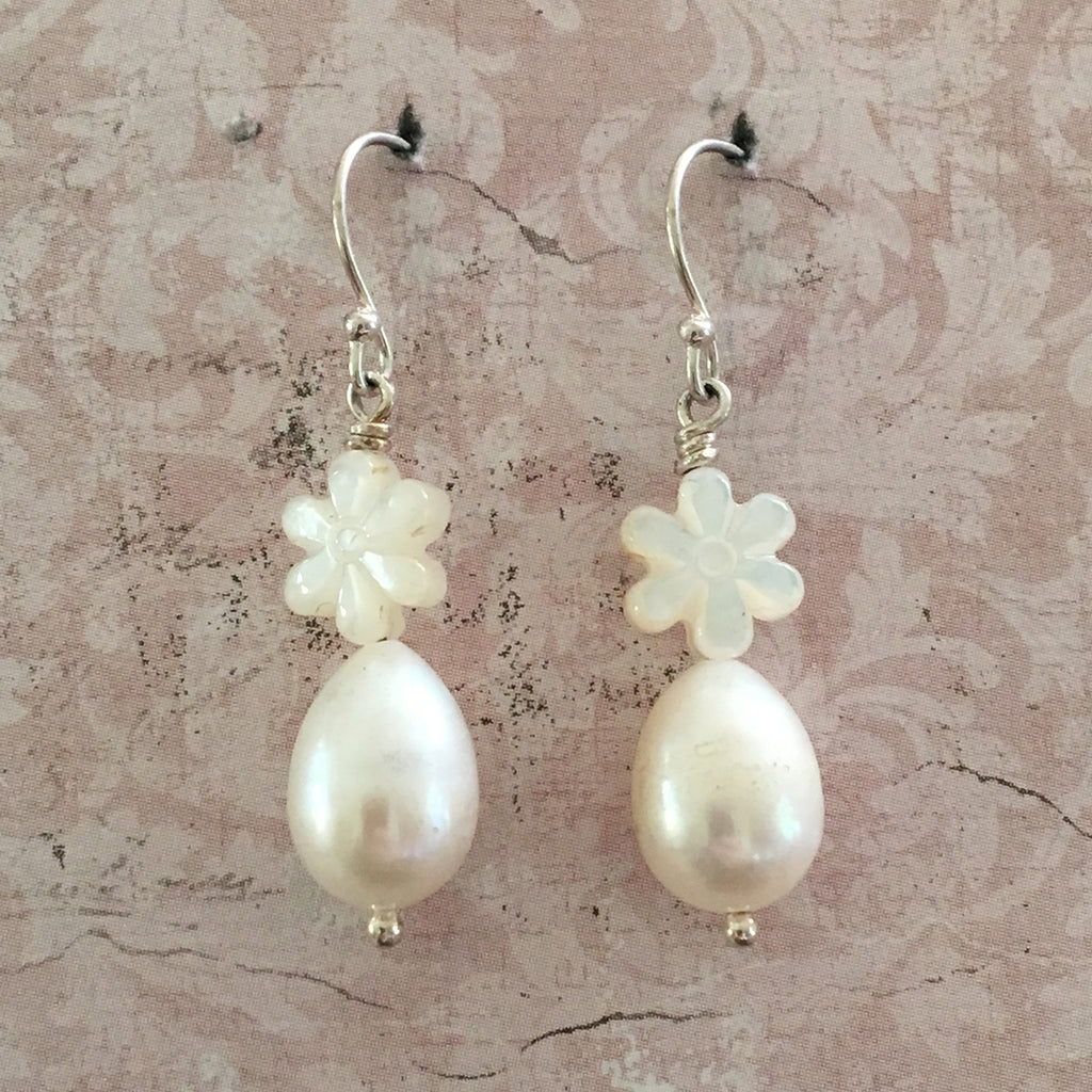 Flower and Drop Pearl Earrings