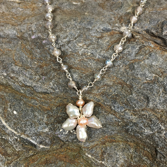 Grey Pearl Flower on Labradorite Chain Necklace